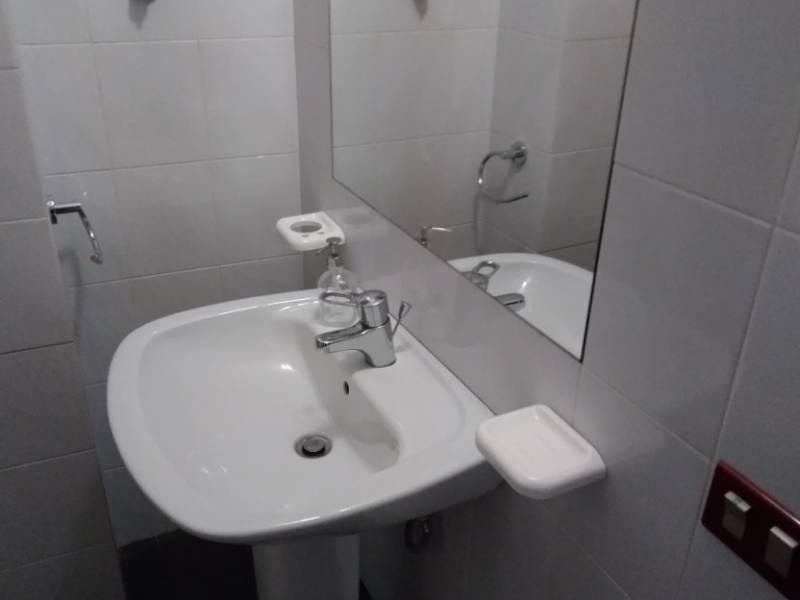 bagno ufficio small