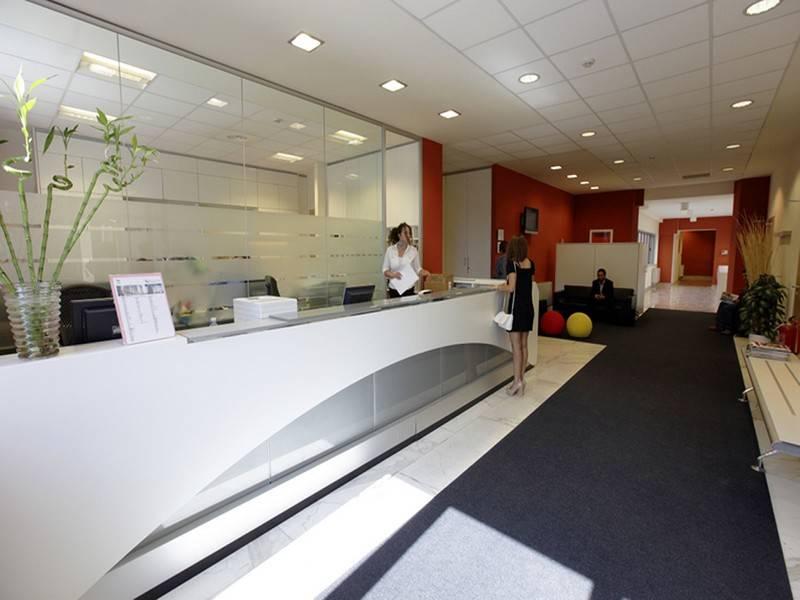 Pick center roma palazzo arte moderna eur aule for Roma business center